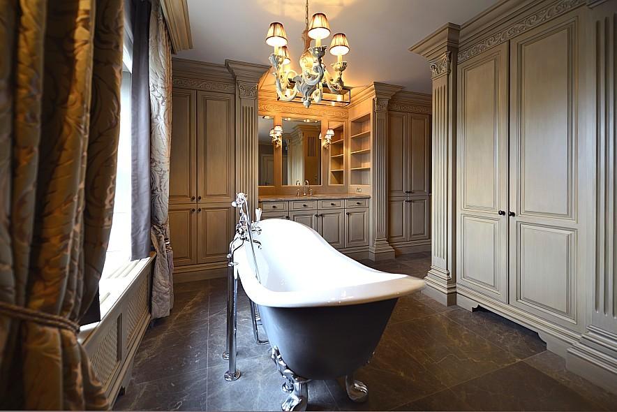 Badkamer Behangen : Hieronder ziet U hoe de op maat gemaakte kasten ...
